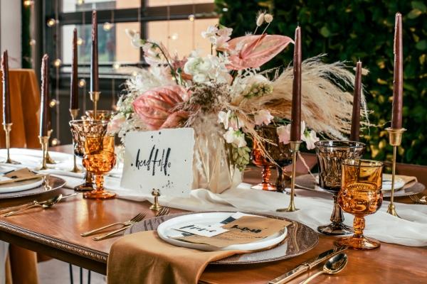 Lush Fantasy Chicago Wedding Inspiration Lakeshore in Love Tuan B (18)