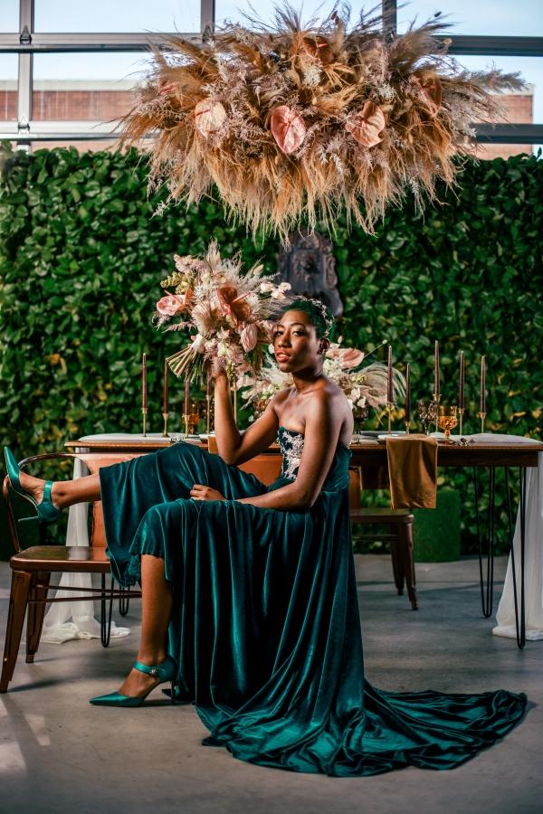 Lush Fantasy Chicago Wedding Inspiration Lakeshore in Love Tuan B (27)