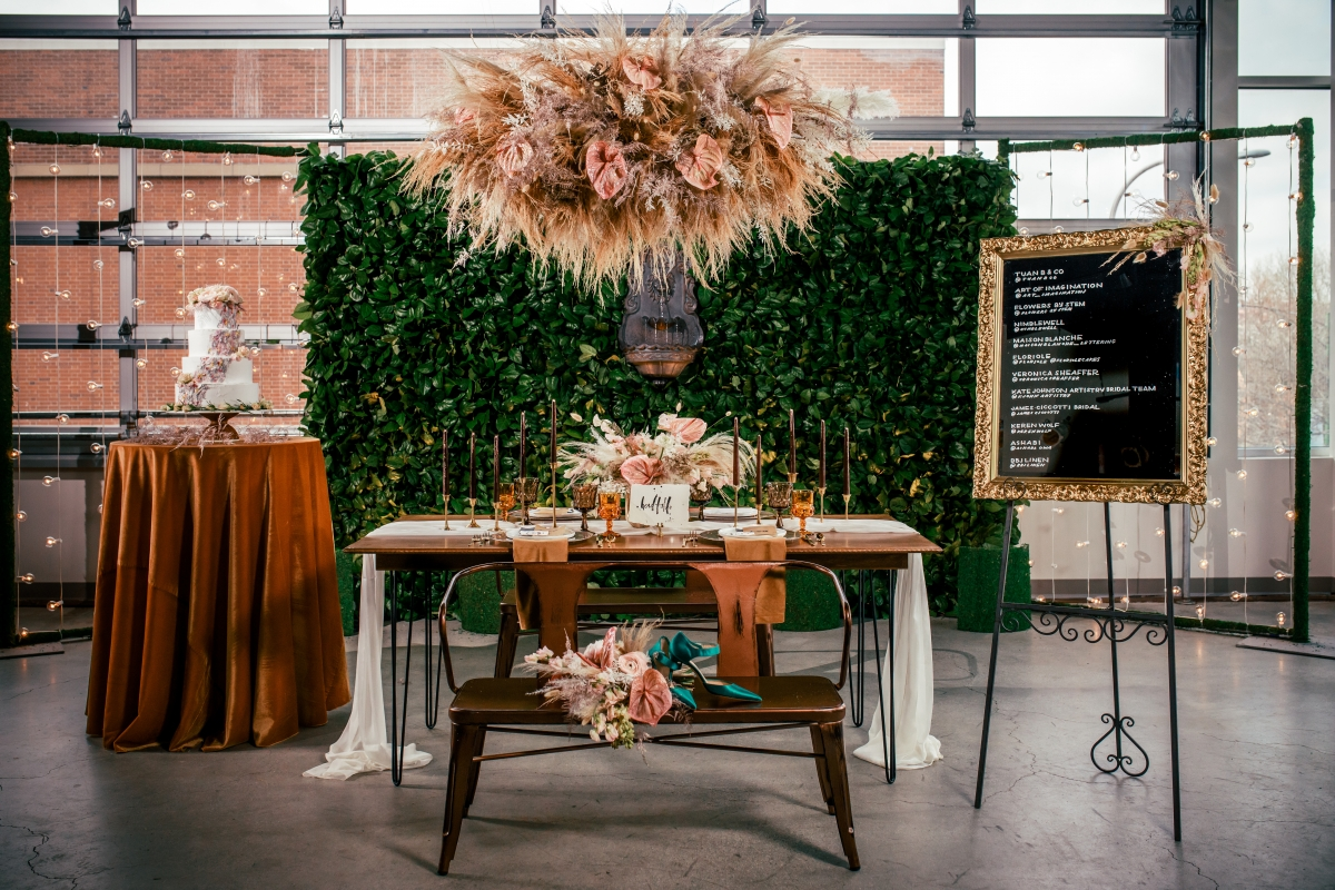 Lush Fantasy Chicago Wedding Inspiration Lakeshore in Love Tuan B 35