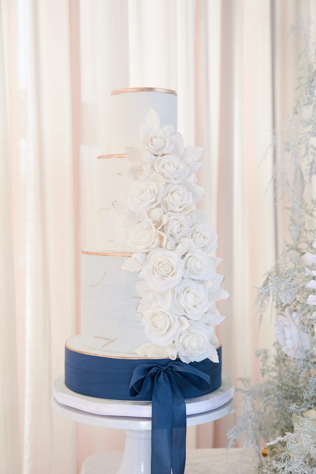 Ombre Blue Chicago Loft Wedding Inspiration 20