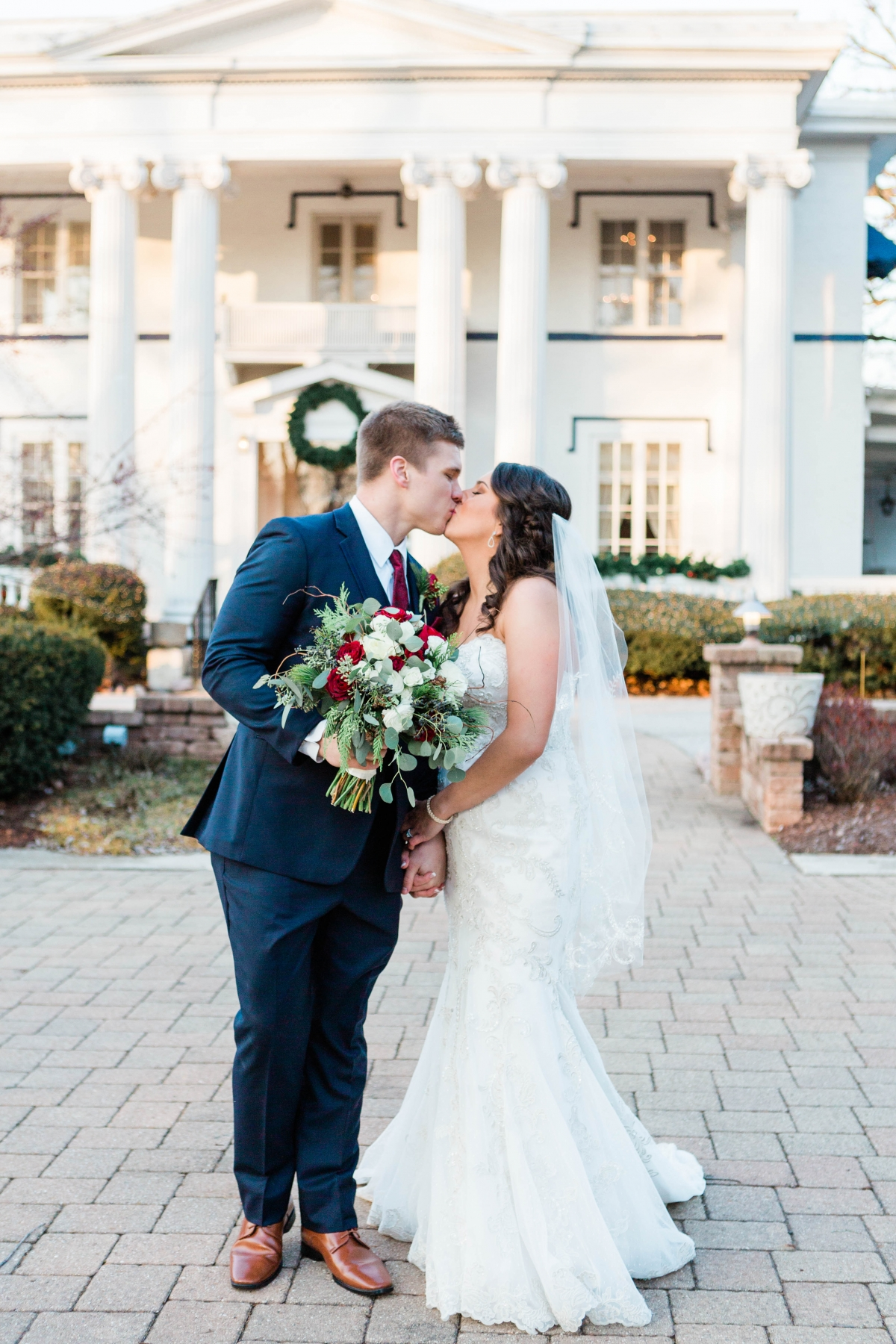 Elements at Water Street Naperville Wedding