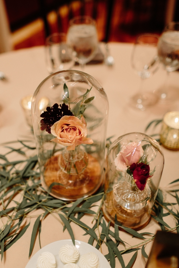 Centerpieces with Glass Covers