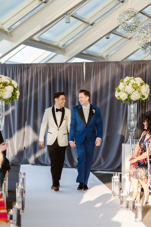 Stephen&Rafael-Adler Planeterium Wedding-40
