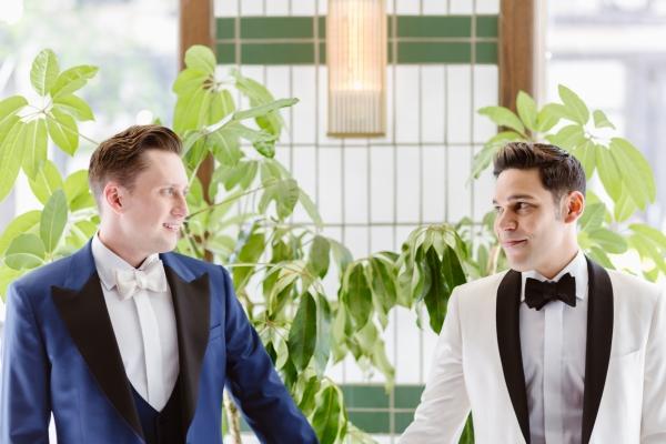 Stephen&Rafael-Adler Planeterium Wedding-52