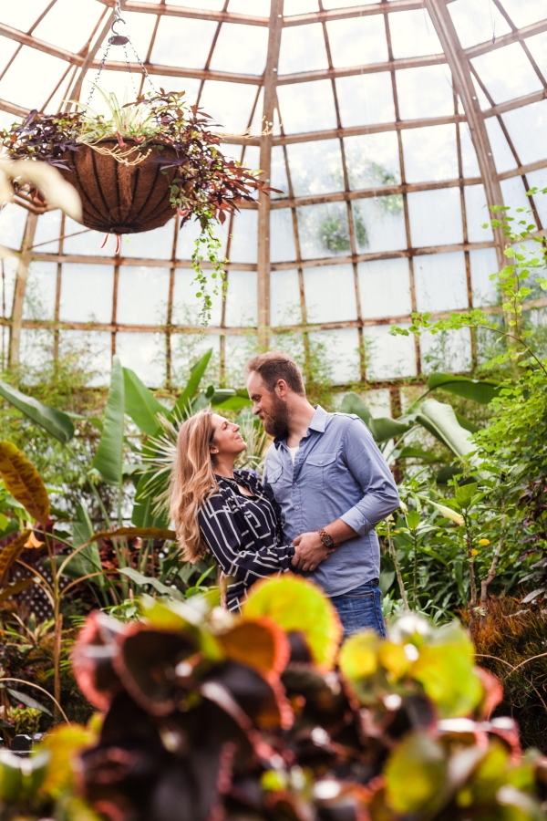 Lincoln Park Conservatory Engagement Session (14)