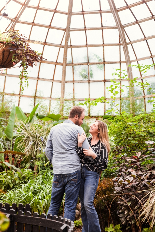 Lincoln Park Conservatory Engagement Session (18)