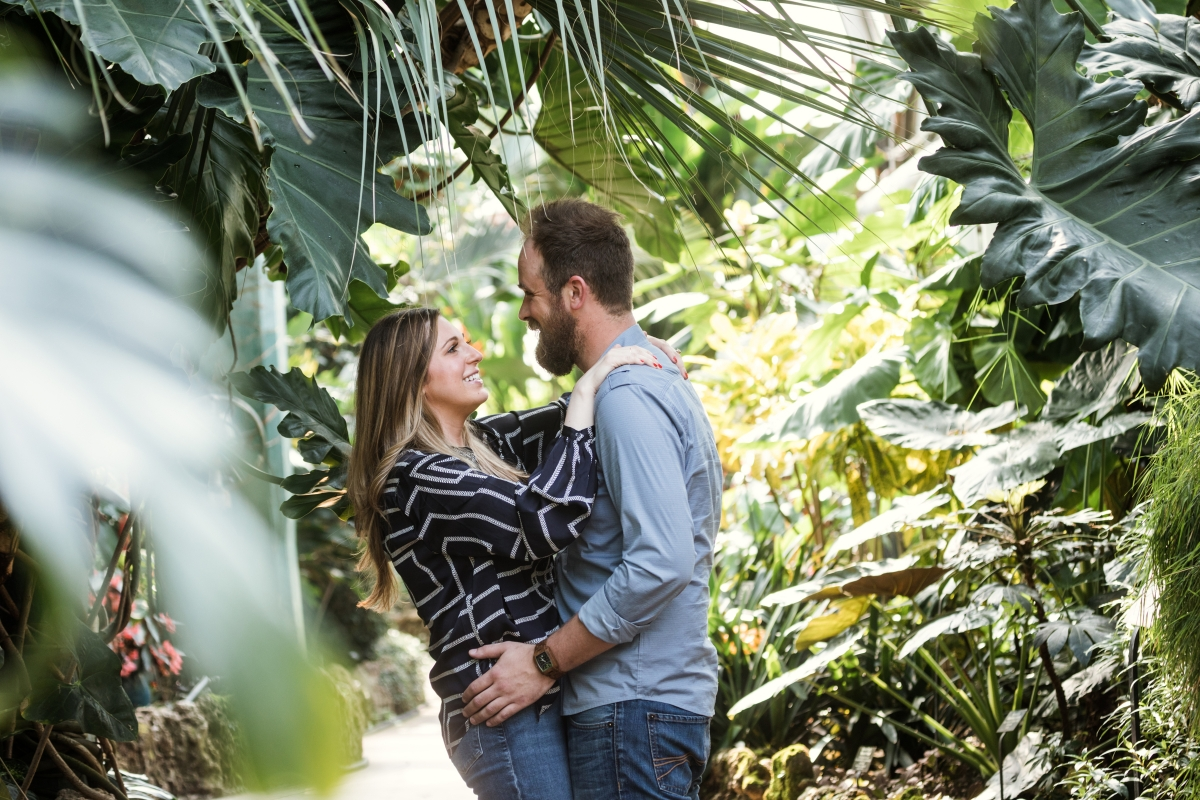 Lincoln Park Conservatory Engagement Session 3