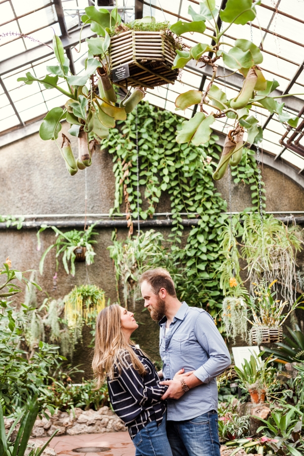 Lincoln Park Conservatory Engagement Session (30)