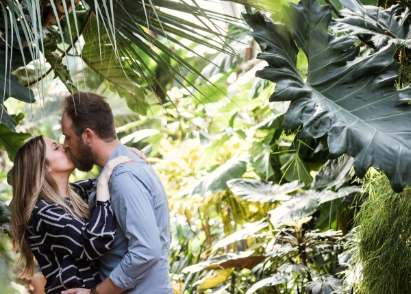 Lincoln Park Conservatory Engagement Session (4)