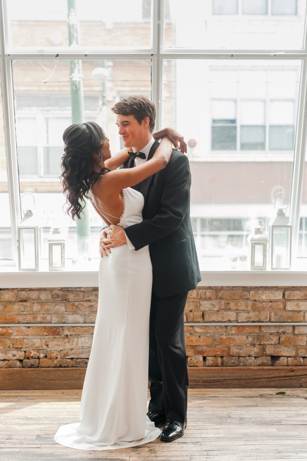 Chicago DL Loft Wedding Inspiration Janet D Photography (17)