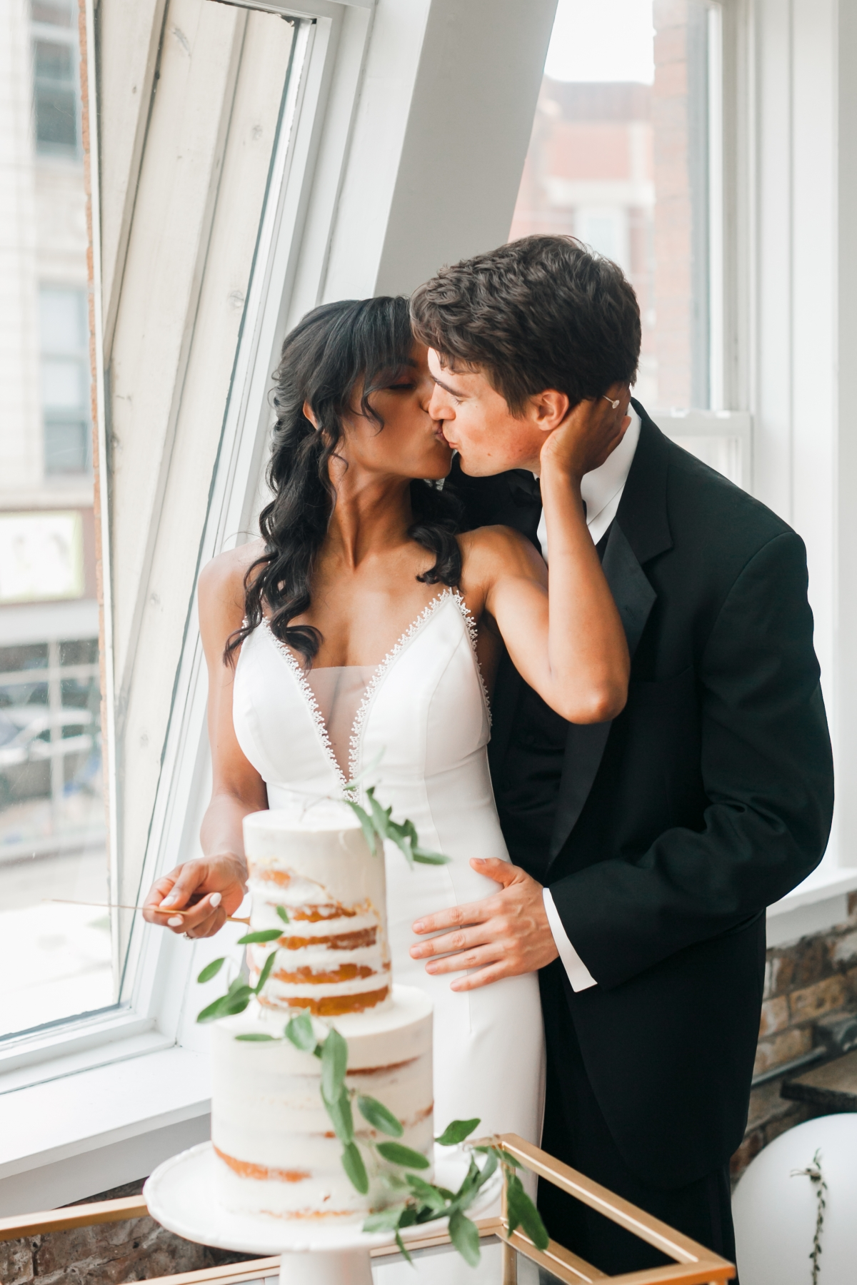 Chicago DL Loft Wedding Inspiration Janet D Photography 38