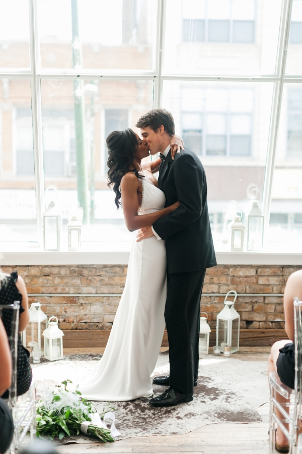 Chicago DL Loft Wedding Inspiration Janet D Photography (5)
