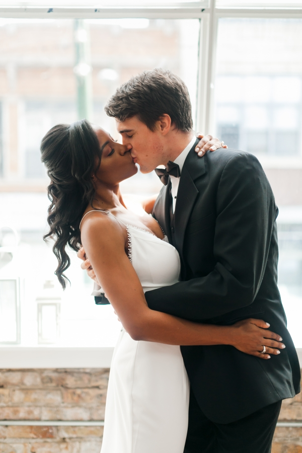 Chicago DL Loft Wedding Inspiration Janet D Photography (7)