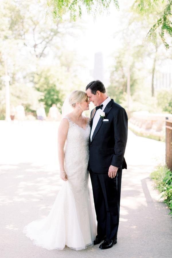 Elegant Black Tie Wedding Loyola University Chicago Tiffaney Childs (12)