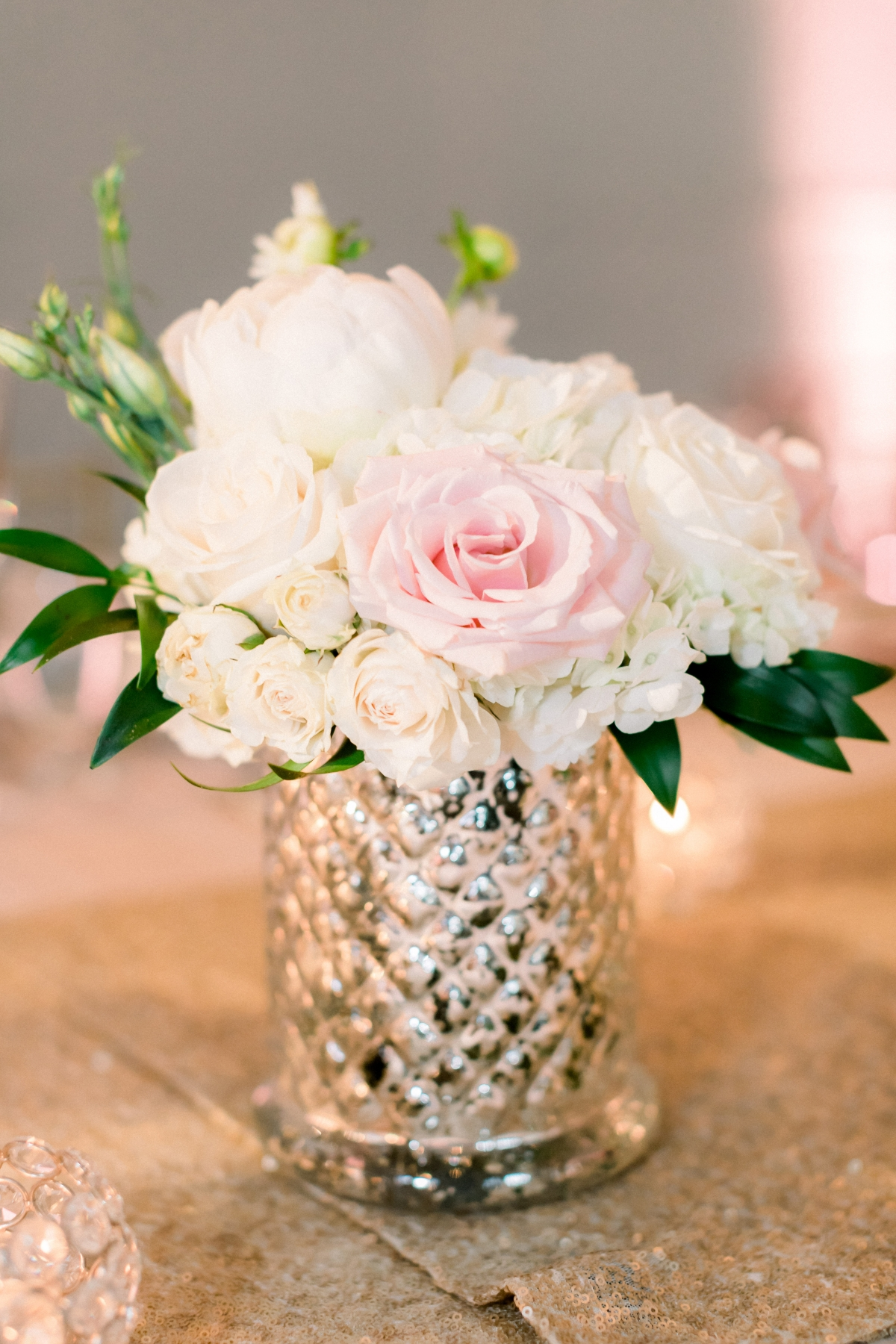 Blush Chicago Wedding Flowers