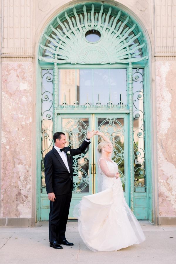 Elegant Black Tie Wedding Loyola University Chicago Tiffaney Childs (7)
