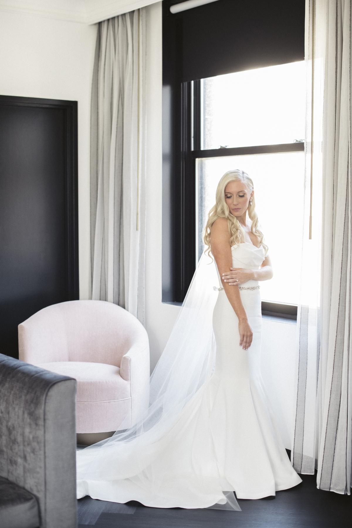 Chicago Bride in Vera Wang
