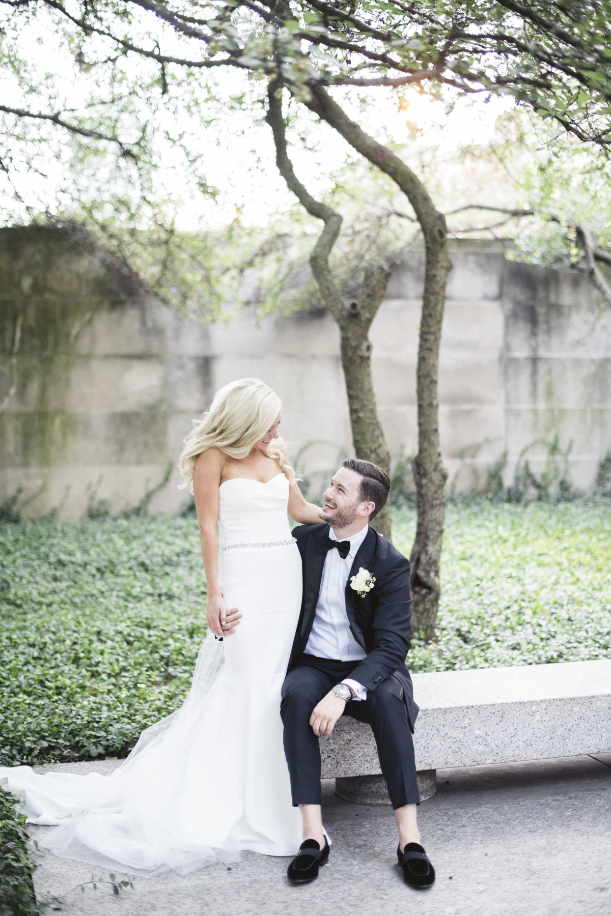 Chicago Wedding Photos at the Art Institute