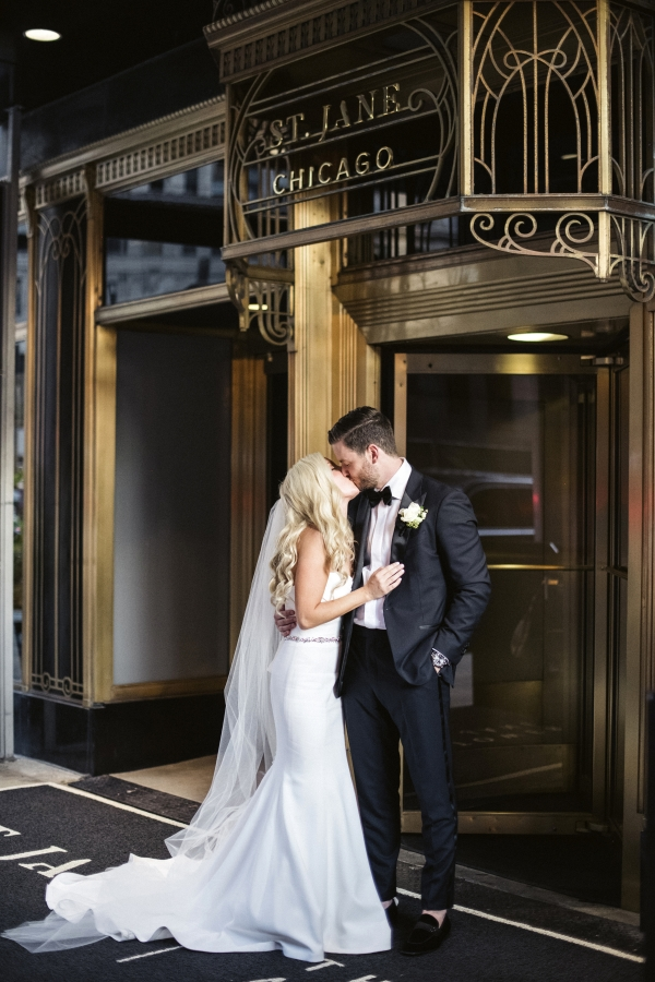 Elegant Chicago Wedding St Jane Hotel
