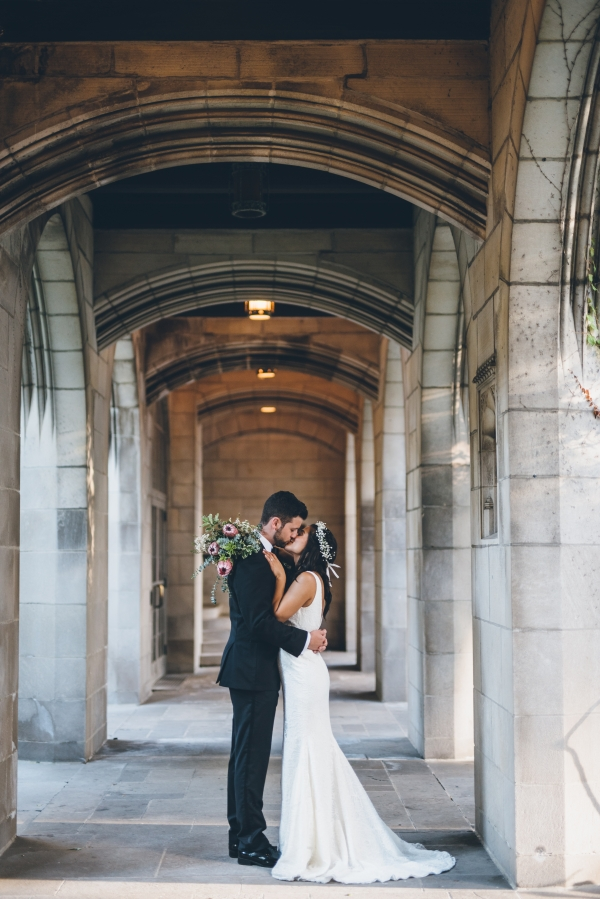 Fun Boho Chicago Wedding at The Drake Hotel (37)