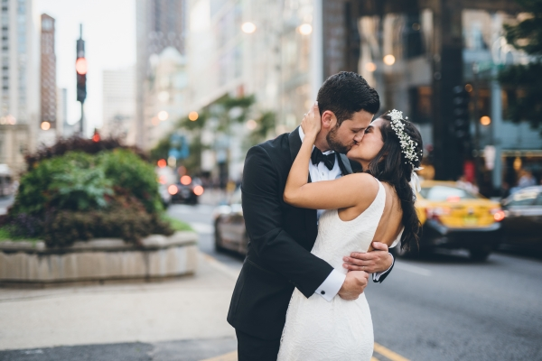 Fun Boho Chicago Wedding at The Drake Hotel (41)