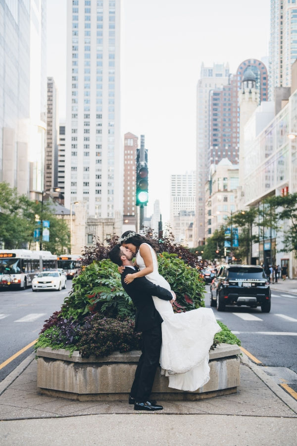 Chicago Michigan Avenue Wedding Photos