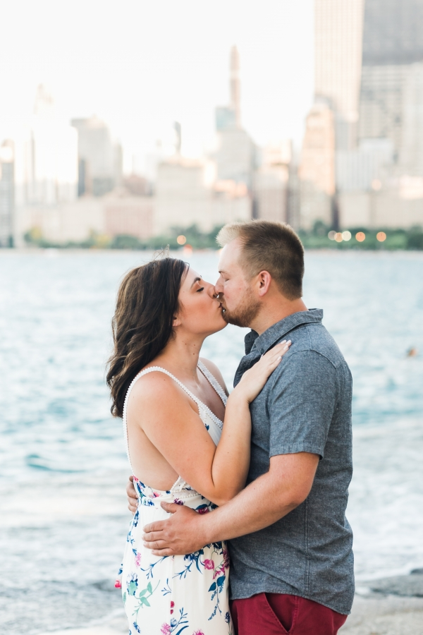 Lakefront Trail Chicago Engagement Session Janet D Photography (29)