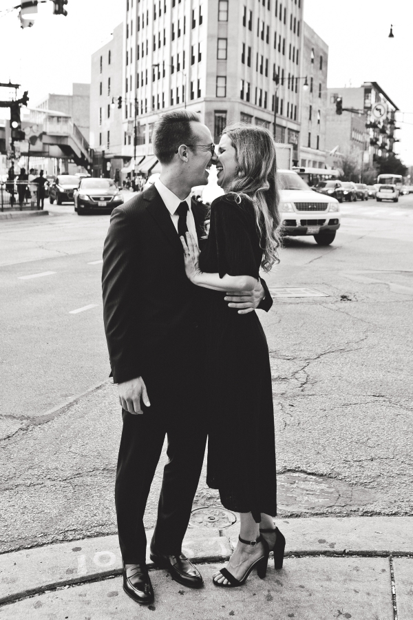 Wicker Park Chicago Engagement Session (4)
