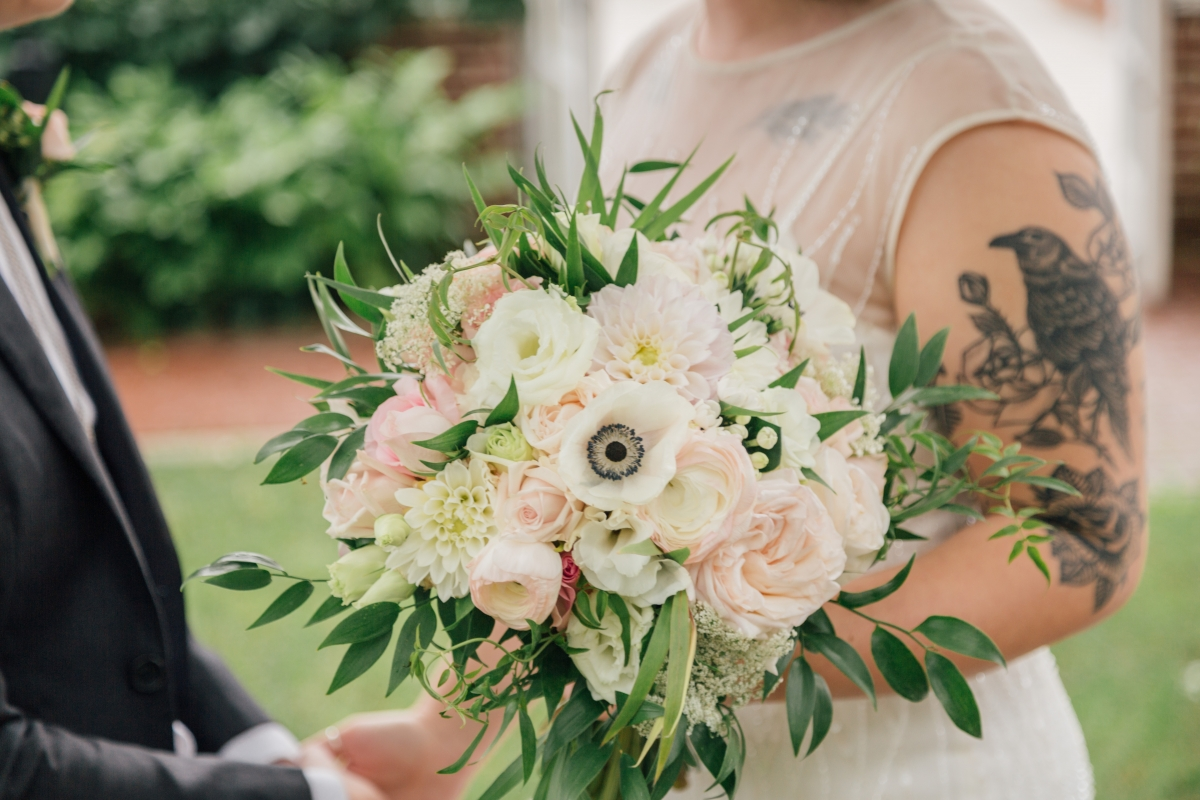 Bouquet with Garden Roses and Anemones