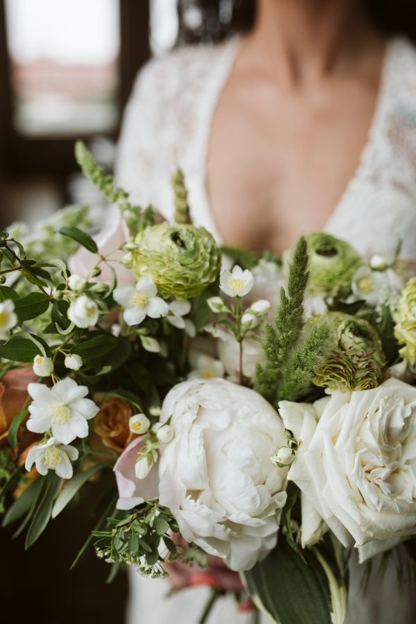 Pale Green and Ivory Bouquet Chicago Wedding