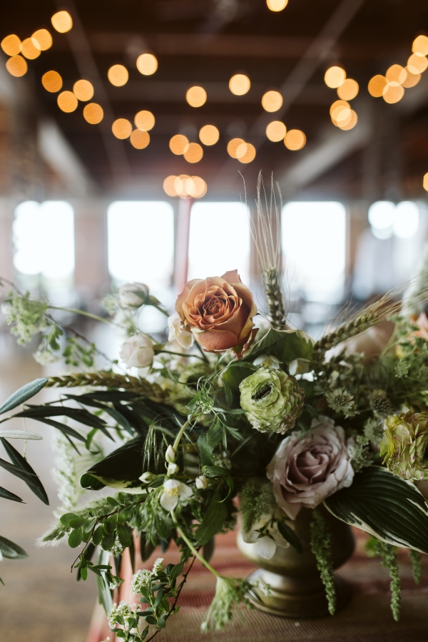 May Floral Chicago Wedding Flowers
