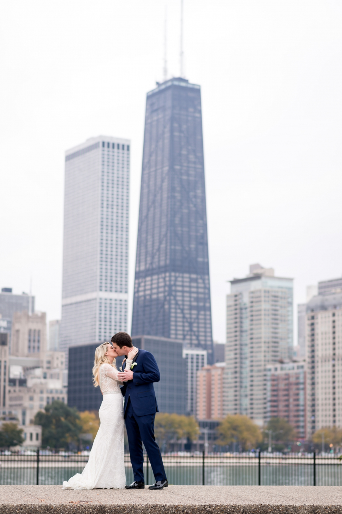 Fall Chicago Wedding at The Standard Club 14