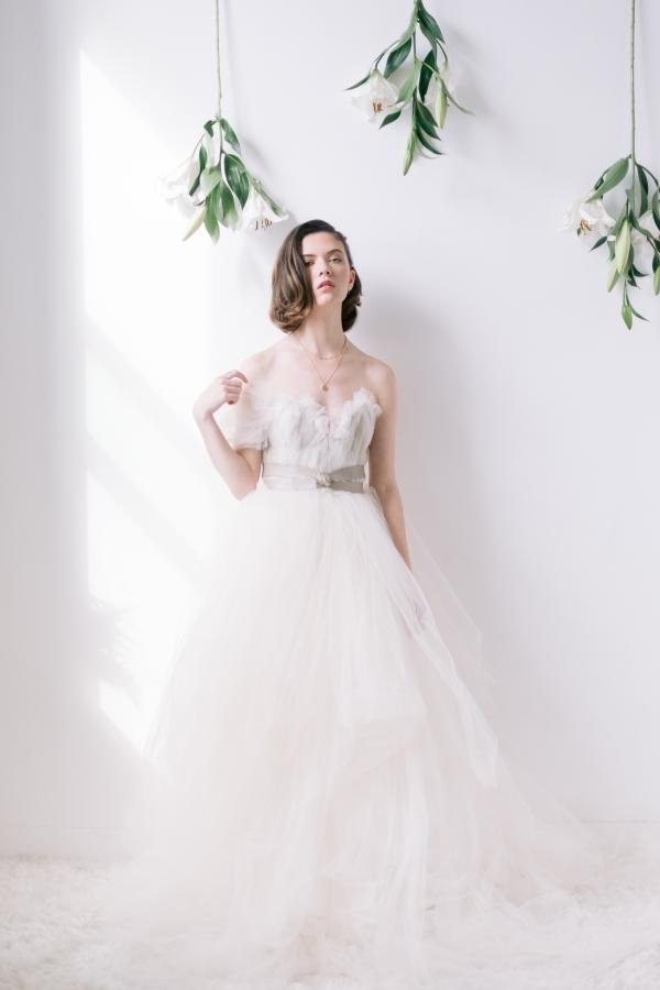 Laura Lanzerotte Bridal Danielle Heinson Photography (17)