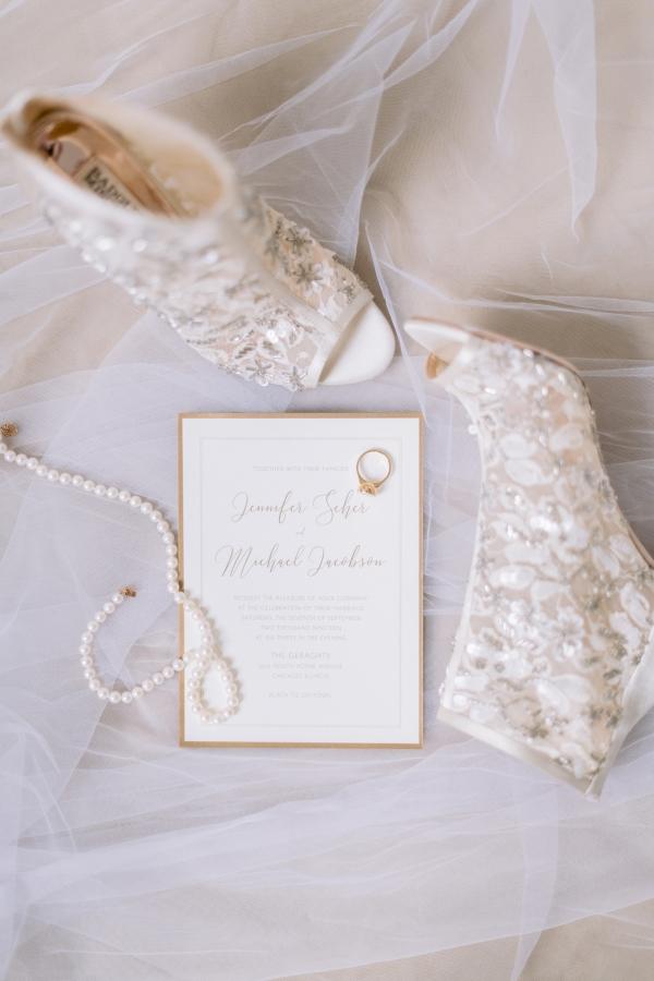 Laura Lanzerotte Bridal Danielle Heinson Photography (4)