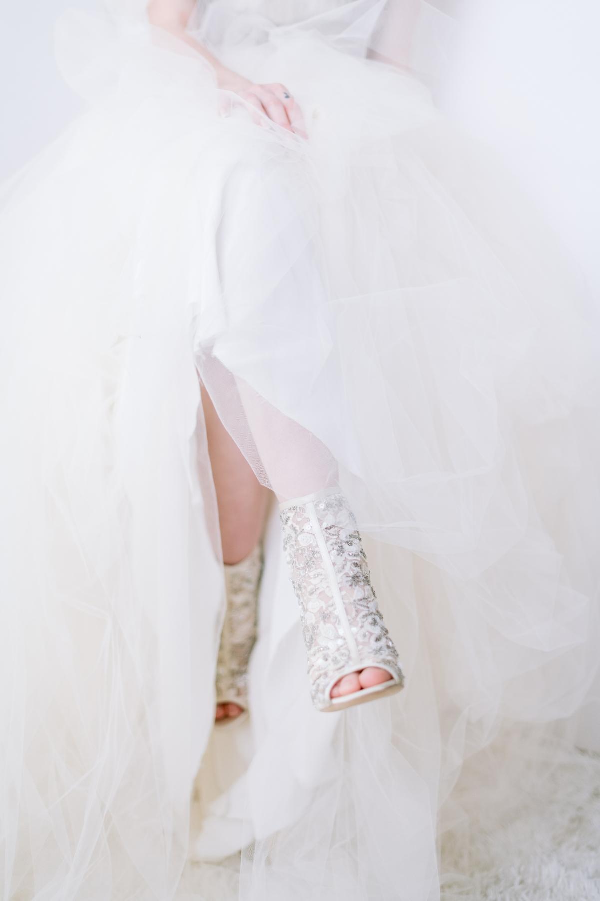 Laura Lanzerotte Bridal Danielle Heinson Photography 47