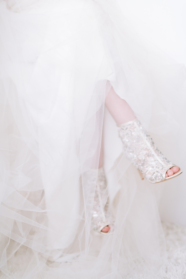 Laura Lanzerotte Bridal Danielle Heinson Photography (49)