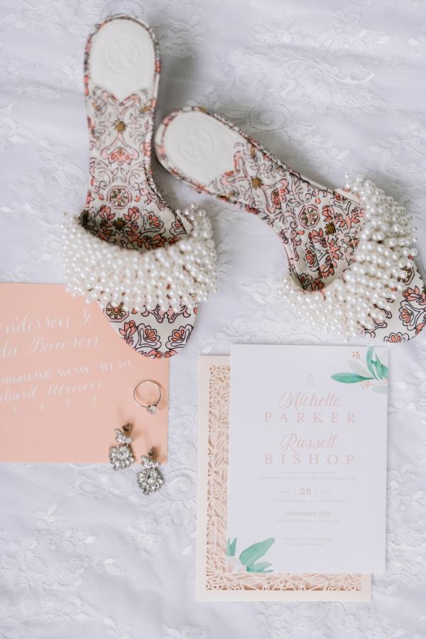 Laura Lanzerotte Bridal Danielle Heinson Photography (6)