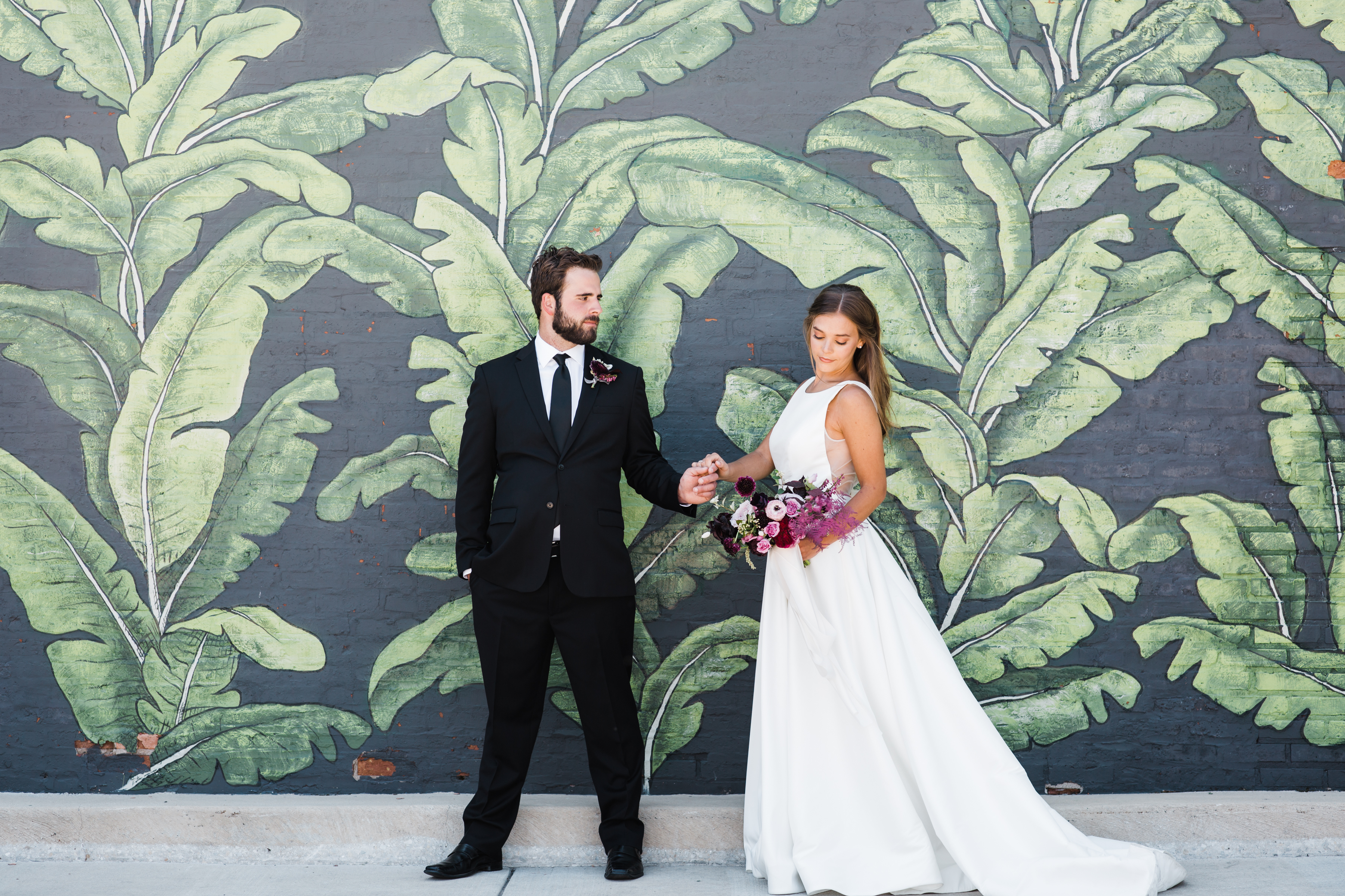 Modern Colorful Chicago Wedding Inspiration The Lakewood (15)