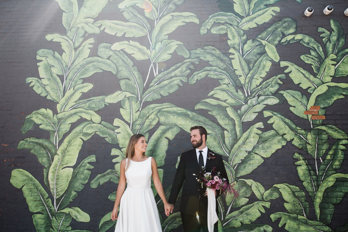 Modern Colorful Chicago Wedding Inspiration The Lakewood (22)