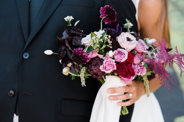 Modern Colorful Chicago Wedding Inspiration The Lakewood (24)