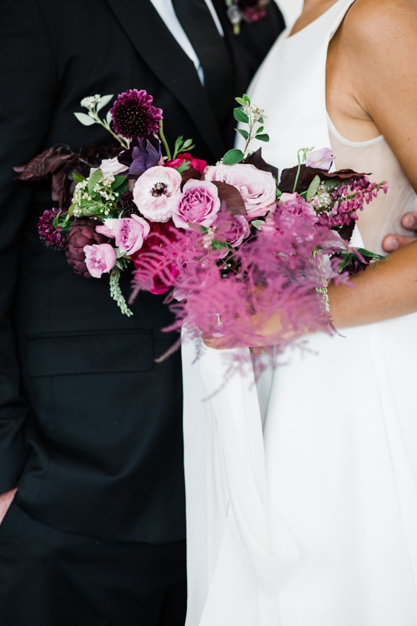 Modern Colorful Chicago Wedding Inspiration The Lakewood (41)