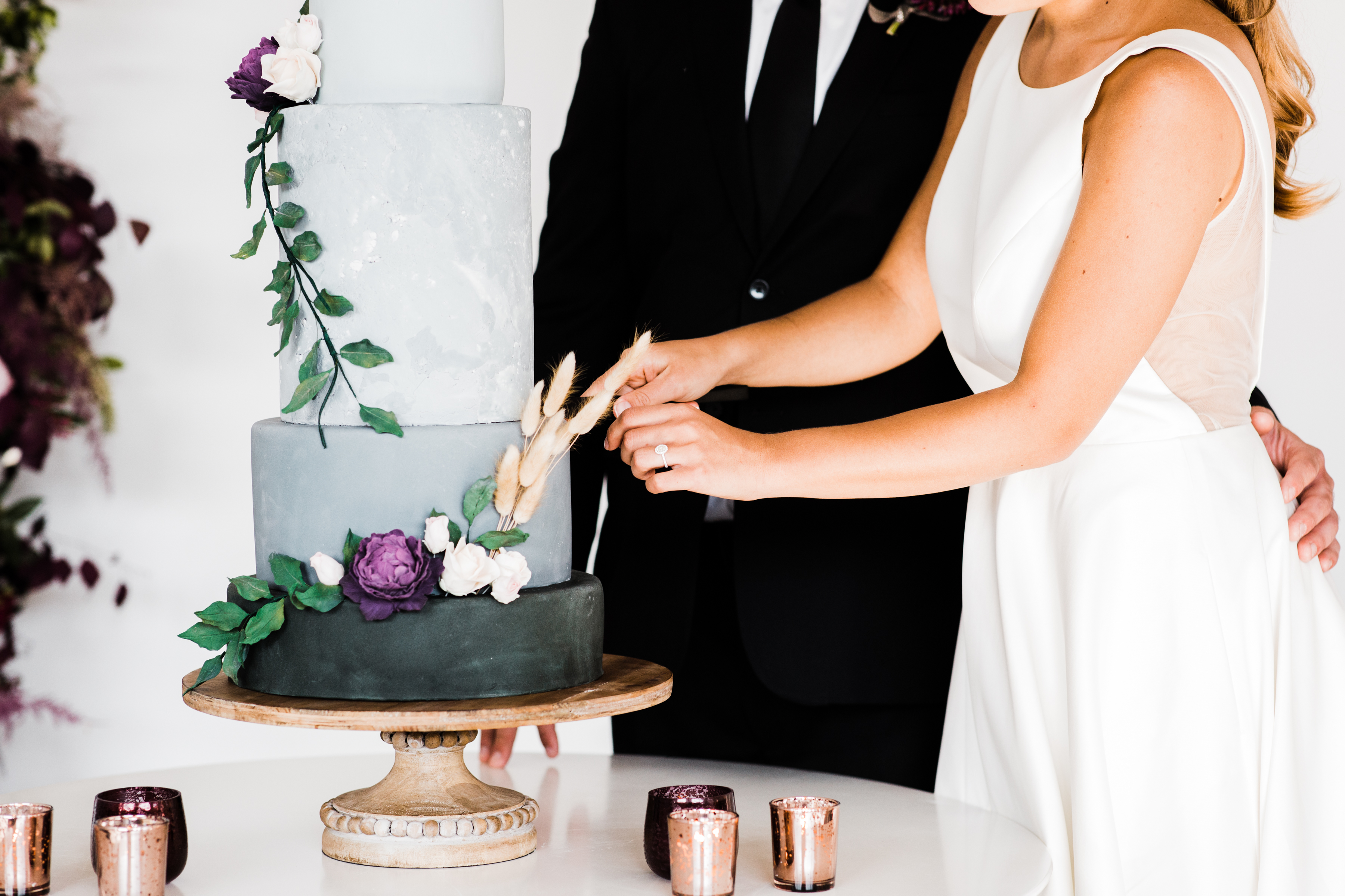 Modern Colorful Chicago Wedding Inspiration The Lakewood (59)