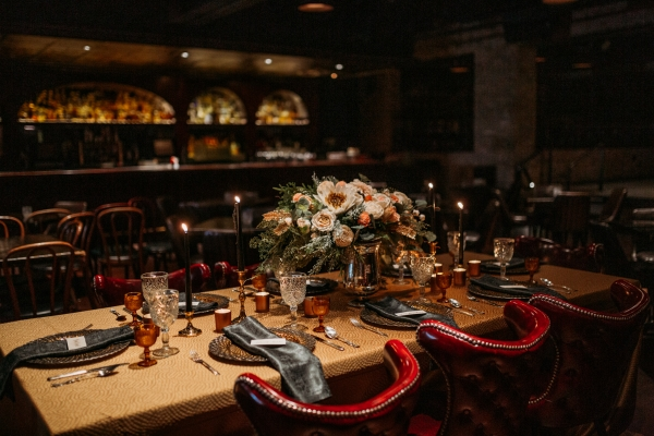 Chicago Speakeasy Wedding Inspiration (11)