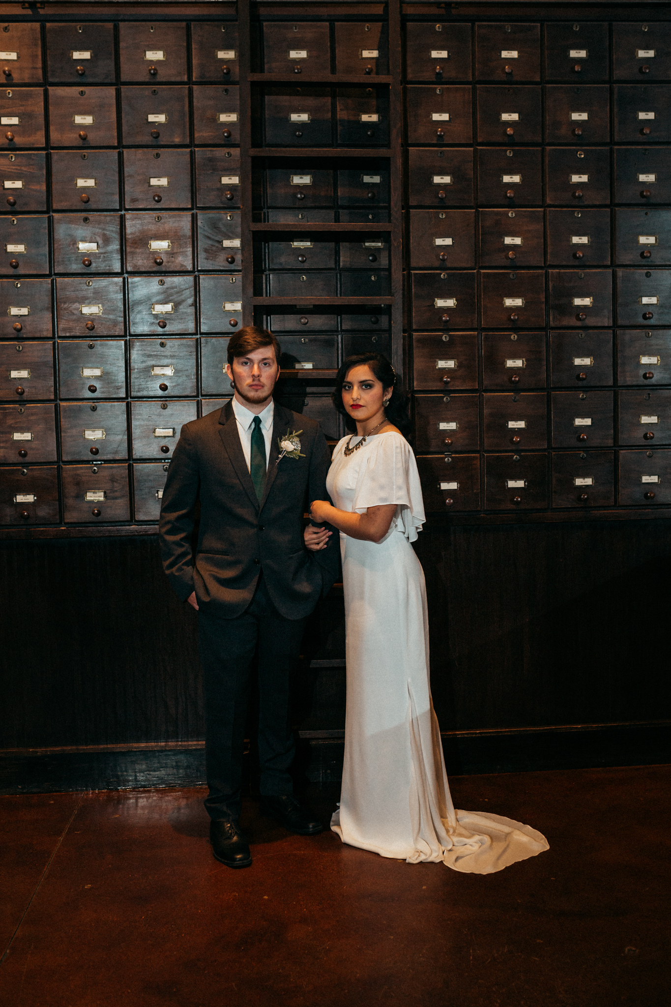 Chicago Speakeasy Wedding Inspiration (19)