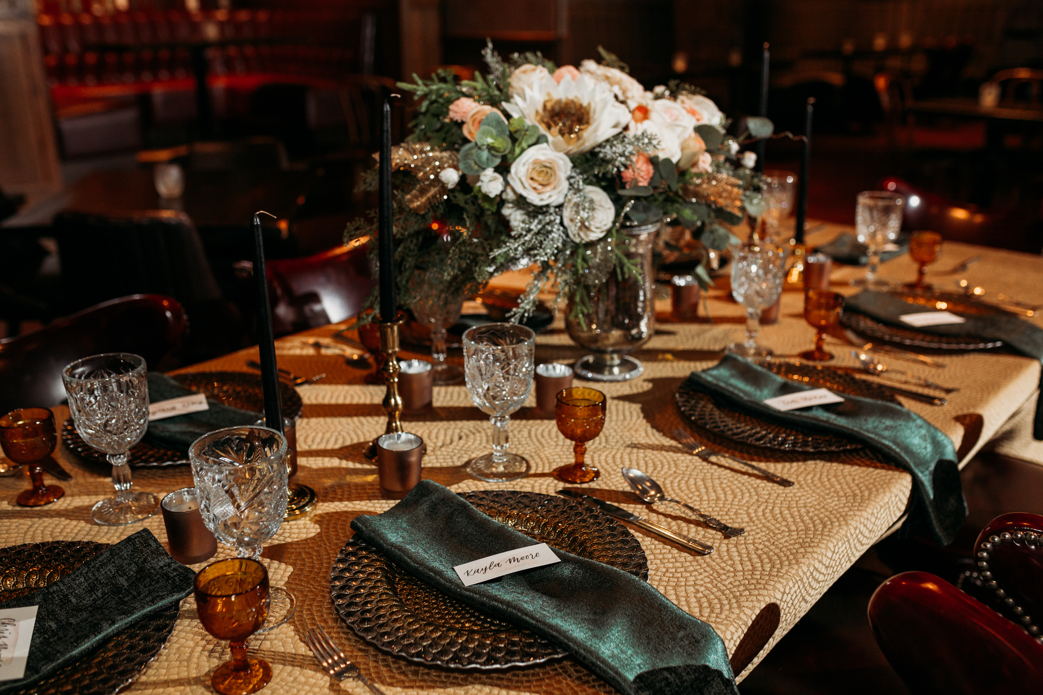 Chicago Speakeasy Wedding Inspiration (9)