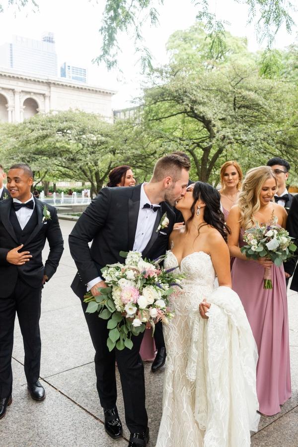 Ravenswood Event Center Chicago Wedding Alexandra Lee Photography (20)