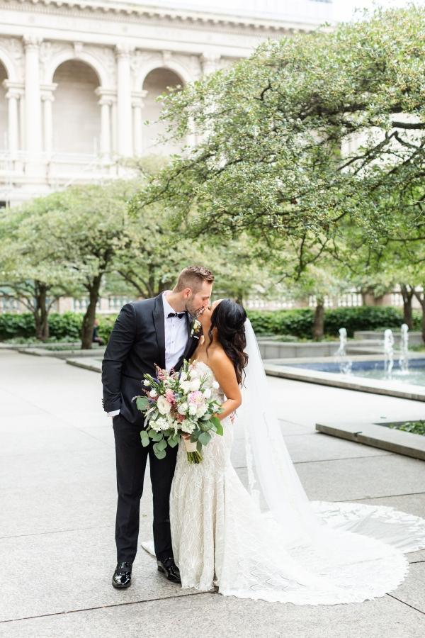 Ravenswood Event Center Chicago Wedding Alexandra Lee Photography (38)