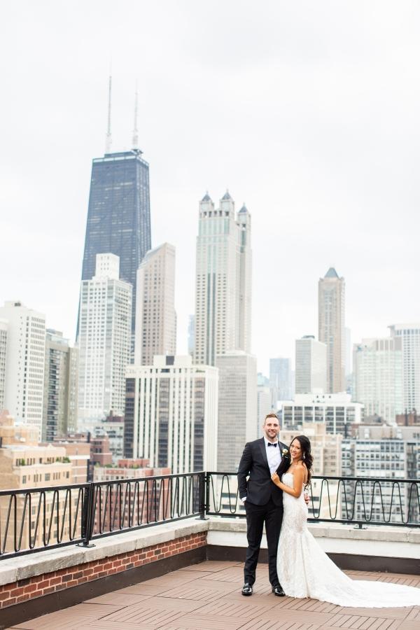 Ravenswood Event Center Chicago Wedding Alexandra Lee Photography (4)