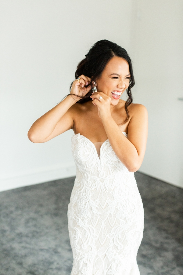 Ravenswood Event Center Chicago Wedding Alexandra Lee Photography (54)