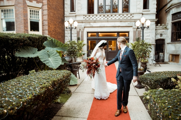 Stan Mansion Wedding Chicago Glass and Grain Photography (19)